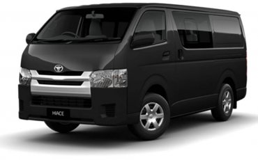 Van Rental: Toyota HiAce Manual