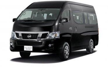 Van Rental: Nissan Urvan Manual